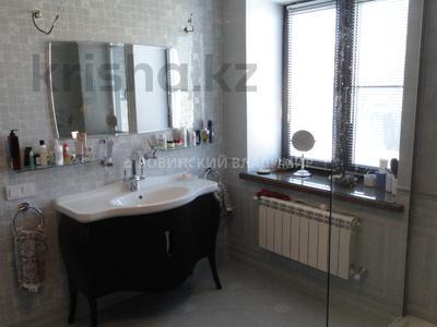 8-комнатный дом, 538.1 м², 10 сот., Аскарова — Бобек за ~ 141 млн ₸ в Алматы, Ауэзовский р-н — фото 47