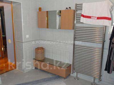 8-комнатный дом, 538.1 м², 10 сот., Аскарова — Бобек за ~ 141 млн ₸ в Алматы, Ауэзовский р-н — фото 48