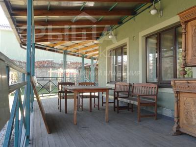 8-комнатный дом, 538.1 м², 10 сот., Аскарова — Бобек за ~ 141 млн ₸ в Алматы, Ауэзовский р-н — фото 6