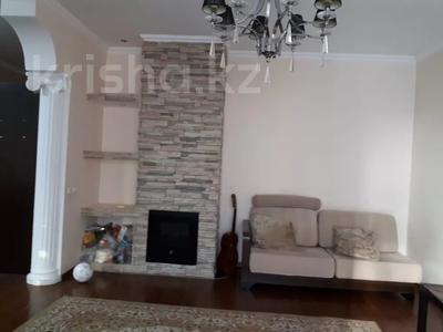 2-комнатная квартира, 48 м², 3/5 эт. помесячно, проспект Абылай Хана за 90 000 ₸ в Нур-Султане (Астана), Алматинский р-н