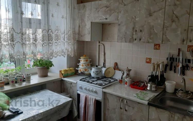 2-комнатная квартира, 41 м², 3/5 этаж, Тауелсиздик — Кажимукана за 11.8 млн 〒 в Нур-Султане (Астана), Алматинский р-н