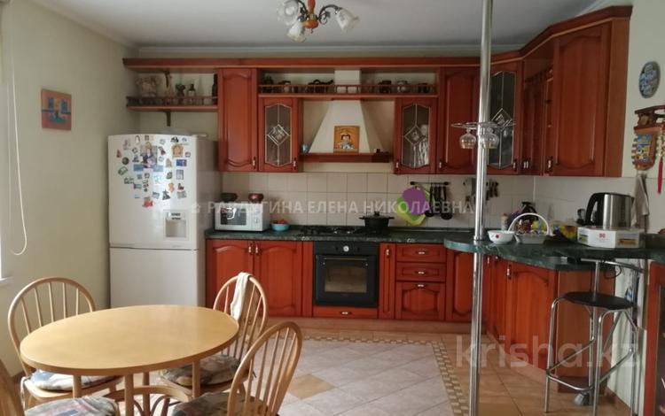 5-комнатный дом, 520 м², 12 сот., Московская за 81 млн ₸ в Нур-Султане (Астана), Сарыаркинский р-н