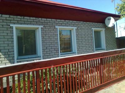 4-комнатный дом, 90 м², 4 сот., 1-й переулок Амангельды — Таштитова за 16 млн 〒 в Петропавловске