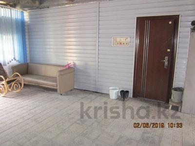 3-комнатный дом, 98 м², 7 сот., Черняховского 41 за 10.5 млн ₸ в Усть-Каменогорске — фото 4