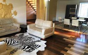 5-комнатный дом, 400 м², 12 сот., Московская за 73 млн 〒 в Уральске