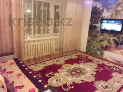 1-комнатная квартира, 42 м² посуточно, Иртышская 11 — проспект Ауэзова за 5 000 ₸ в Семее — фото 7