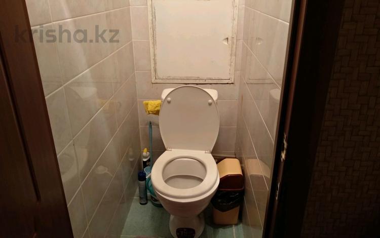 3-комнатная квартира, 56 м², 1/4 этаж, 6-й мкр 16 за 13.5 млн 〒 в Актау, 6-й мкр
