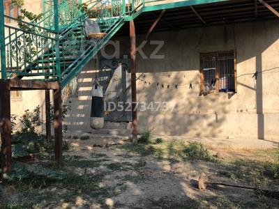 8-комнатный дом, 160 м², 6.5 сот., Челюскина 43 — Крегера за 18 млн 〒 в Шымкенте, Енбекшинский р-н