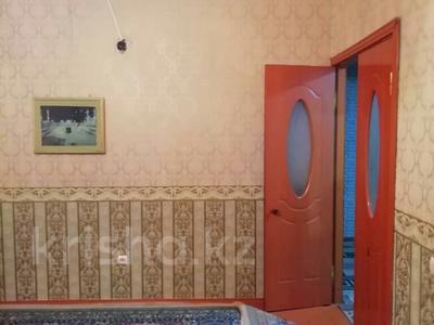 4-комнатная квартира, 100 м², 8/9 этаж, Проспект Тауке-хана 88 за 18 млн 〒 в Шымкенте, Аль-Фарабийский р-н