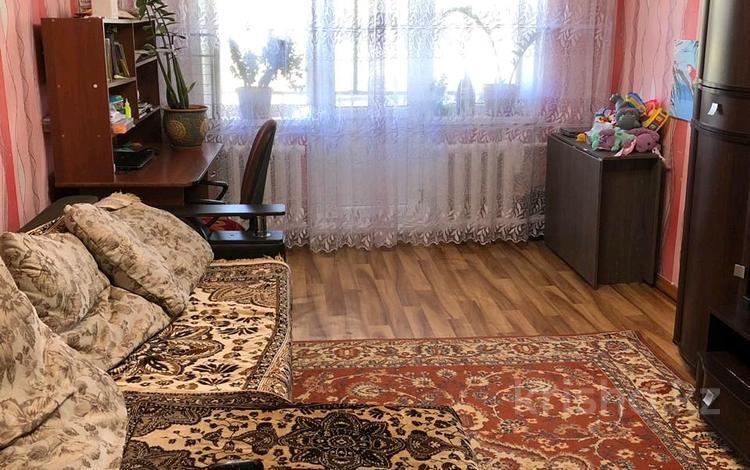 2-комнатная квартира, 42.2 м², 5/5 этаж, Лободы 33 — Алиханова за 9 млн 〒 в Караганде, Казыбек би р-н
