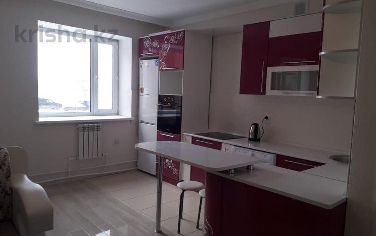 3-комнатная квартира, 78 м², 1/3 эт., 83 квартал 7/1 — Анжерская за 19 млн ₸ в Караганде, Казыбек би р-н