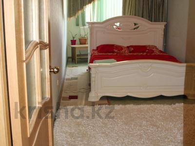 2-комнатная квартира, 65 м², 1/5 эт. посуточно, 4-й микрорайон 68 за 8 000 ₸ в Актау — фото 2