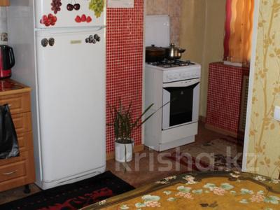 2-комнатная квартира, 65 м², 1/5 эт. посуточно, 4-й микрорайон 68 за 8 000 ₸ в Актау — фото 3