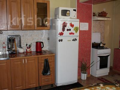 2-комнатная квартира, 65 м², 1/5 эт. посуточно, 4-й микрорайон 68 за 8 000 ₸ в Актау — фото 9