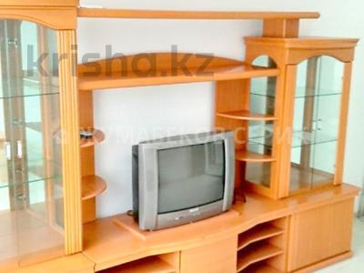 3-комнатная квартира, 67 м², 1/5 этаж, Каирбекова — Жибек Жолы за 29.5 млн 〒 в Алматы, Медеуский р-н — фото 2