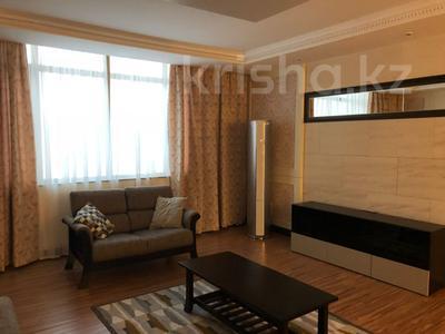 4-комнатная квартира, 160 м², 11/25 эт. помесячно, проспект Рахимжана Кошкарбаева 8 за 450 000 ₸ в Астане, Алматинский р-н — фото 6