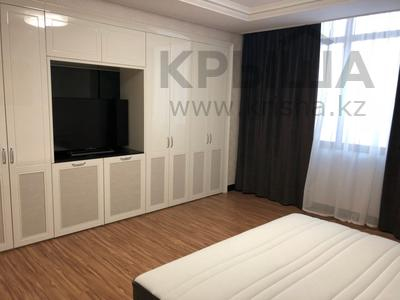 4-комнатная квартира, 160 м², 11/25 эт. помесячно, проспект Рахимжана Кошкарбаева 8 за 450 000 ₸ в Астане, Алматинский р-н — фото 8