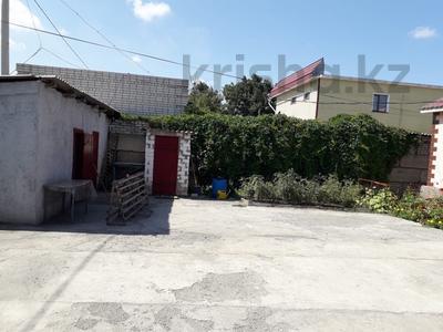 3-комнатный дом, 120 м², 4 сот., Кашаганова — Дулатова за 18 млн ₸ в Семее — фото 2