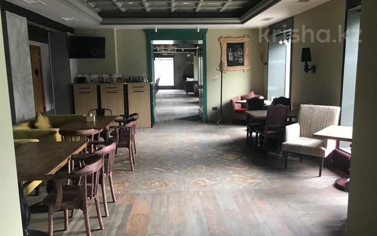 Помещение площадью 550 м², Богенбай Батыра — Толебаева за 395 млн ₸ в Алматы, Медеуский р-н