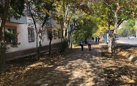 2-комнатная квартира, 45 м², 3/3 этаж помесячно, Манаса 73 — Бухаржирау за 200 000 〒 в Алматы, Алмалинский р-н