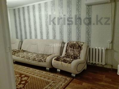 2-комнатная квартира, 41.8 м², 2/5 этаж, 410-й квартал 12 — Селевина за 8.5 млн 〒 в Семее