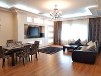 3-комнатная квартира, 88 м², 3/5 этаж помесячно