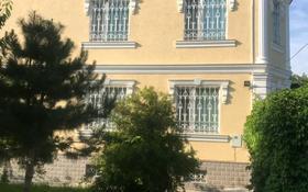 7-комнатный дом, 320 м², 10 сот., Пролетарская улица за 52 млн 〒 в Шымкенте, Абайский р-н