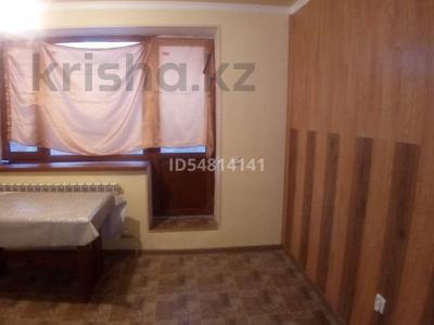 1-комнатная квартира, 35 м², 1/3 этаж, Республики 46 — Казыбек би за 7.9 млн 〒 в Косшы — фото 3