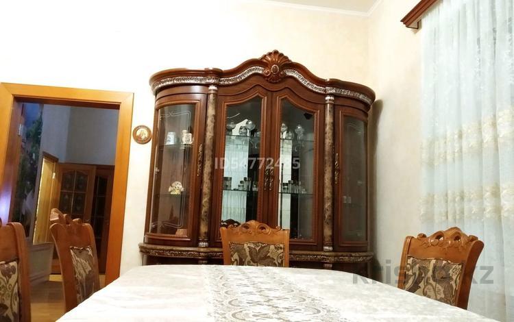 4-комнатный дом посуточно, 250 м², 8 сот., улица Жаяу-Мусы за 75 000 〒 в Павлодаре