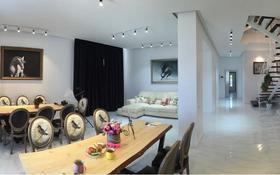 7-комнатный дом, 267 м², 5 сот., Улы Дала — Менгилик ел за 245 млн 〒 в Нур-Султане (Астана), Есильский р-н