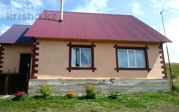 4-комнатный дом, 100 м², 10 сот., Титановая 98/4 — Согринская за 8.9 млн ₸ в Усть-Каменогорске