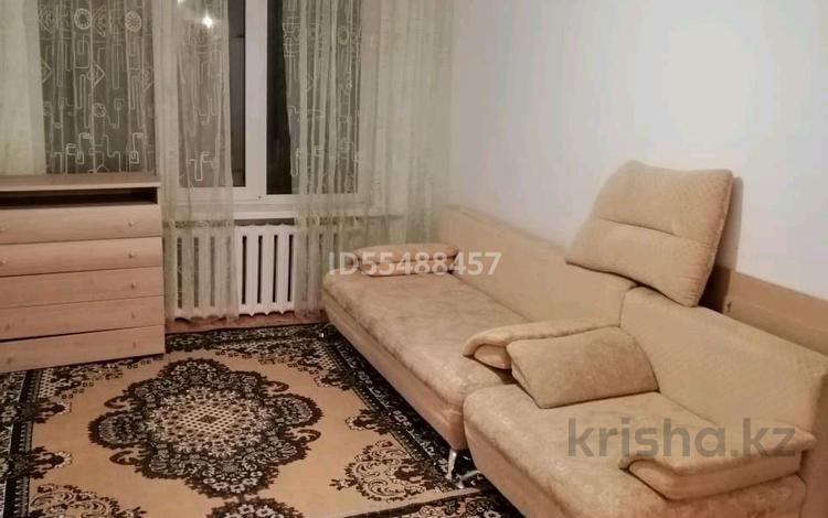 2-комнатная квартира, 50 м², 1/5 этаж посуточно, Ташенова — Бараева за 10 000 〒 в Нур-Султане (Астана), р-н Байконур