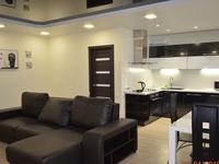 3-комнатная квартира, 120 м², 5 этаж помесячно