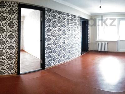 4-комнатная квартира, 70 м², 5/5 этаж, Шугыла 30 за 5.5 млн 〒 в