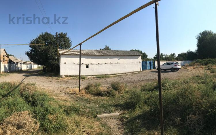 5-комнатный дом, 200 м², 25 сот., Жамбыл Жабаев 3 за 9.5 млн 〒 в