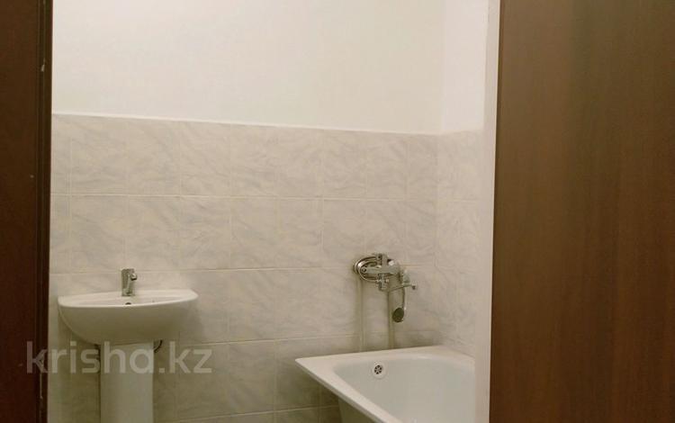 3-комнатная квартира, 74 м², 5/5 этаж, Спмк 1 — Спмк за 9.6 млн 〒 в