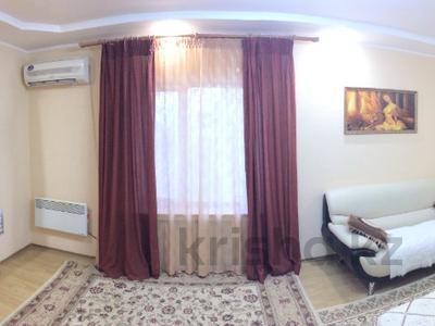 1-комнатная квартира, 50 м², 4/5 эт. посуточно, 15-й мкр, 15 мкр 25 за 10 000 ₸ в Актау, 15-й мкр — фото 8