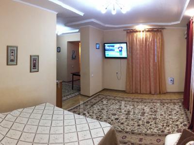 1-комнатная квартира, 50 м², 4/5 эт. посуточно, 15-й мкр, 15 мкр 25 за 10 000 ₸ в Актау, 15-й мкр — фото 17