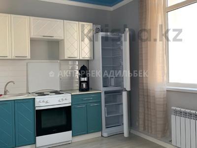1-комнатная квартира, 42 м², 11/14 эт. помесячно, проспект Улы Дала 21А за 110 000 ₸ в Нур-Султане (Астана)