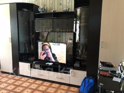 3-комнатная квартира, 57.7 м², 1/5 эт., Махамбета 127 за 9 млн ₸ в Атырау