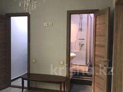 2-комнатная квартира, 66 м², 8/21 эт. посуточно, Ул.Толе би 286/6 — Варламова за 10 000 ₸ в Алматы, Алмалинский р-н — фото 4