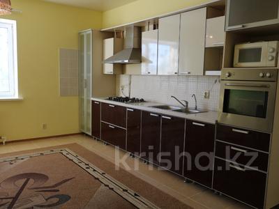 8-комнатный дом, 300 м², 10 сот., Сельмаш 52 за 54.5 млн ₸ в Актобе — фото 12