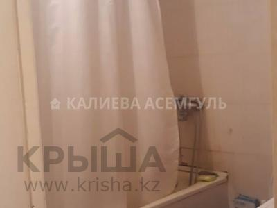 1-комнатная квартира, 37 м², 3/5 этаж, улица Куйши Дина 4/1 — проспект Тауелсыздык за 10.7 млн 〒 в Нур-Султане (Астана) — фото 13