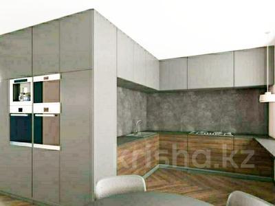 4-комнатная квартира, 130 м², 1/4 эт., Курмангазы 32 — Валиханова за 90 млн ₸ в Алматы, Медеуский р-н — фото 9