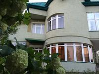 7-комнатный дом, 379 м², 12 сот., Микрорайон Самал-3 5 за 120 млн 〒 в Уральске