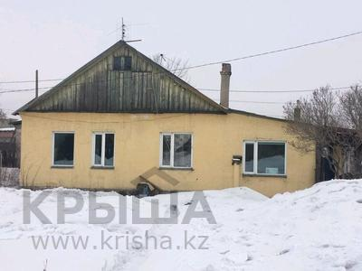 3-комнатный дом, 62 м², 6 сот., Бульварный за 7.5 млн ₸ в Караганде, Казыбек би р-н