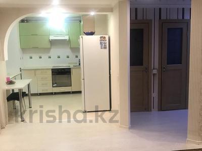 3-комнатная квартира, 62 м², 5/5 эт., Кривогуза 17 — Чкалова за 16 млн ₸ в Караганде, Казыбек би р-н — фото 12