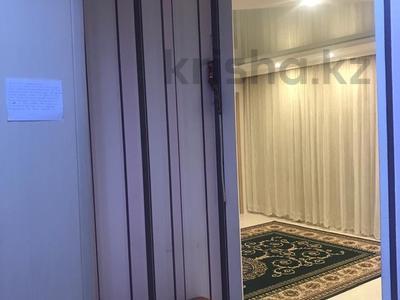 3-комнатная квартира, 62 м², 5/5 эт., Кривогуза 17 — Чкалова за 16 млн ₸ в Караганде, Казыбек би р-н — фото 6