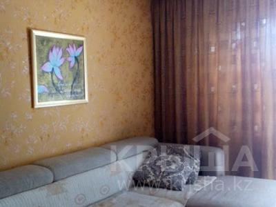 3-комнатная квартира, 58.9 м², 5/5 эт., Кабанбай батыра 126 за 8.5 млн ₸ в Усть-Каменогорске — фото 2
