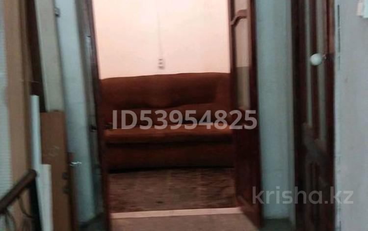 3-комнатная квартира, 120 м², 1/5 этаж, Гагарина 218 — Шугаева за 7.5 млн 〒 в Семее